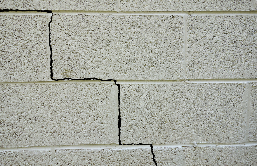 Foundation crack
