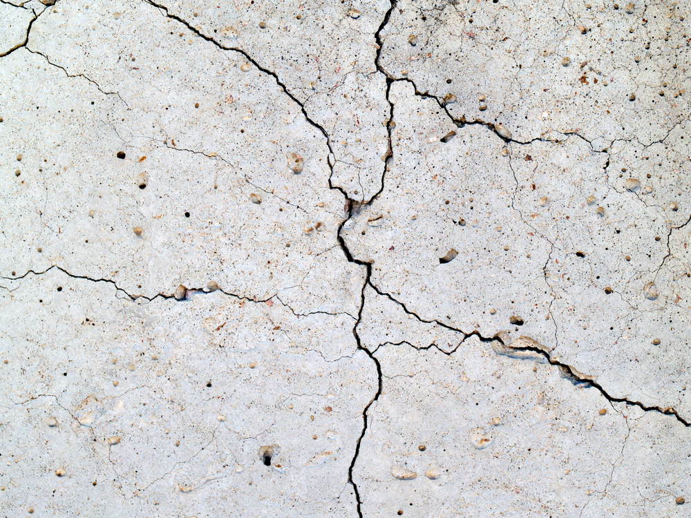 Reasons for concrete cracks and settlement